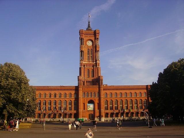 rode raadhuis berlijn