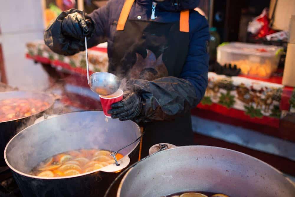 Gluhwein op Dusseldorfse Kerstmarkt