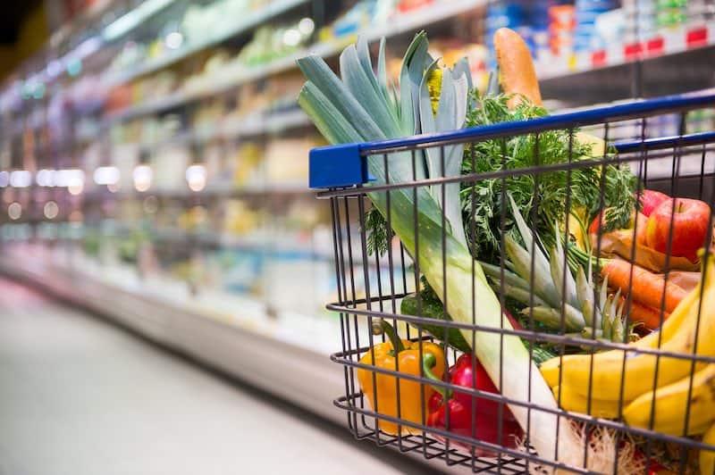boodschappen doen bij supermarkt Kaufland